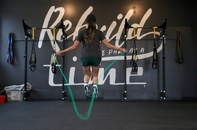 2. Skipping workout at home for women